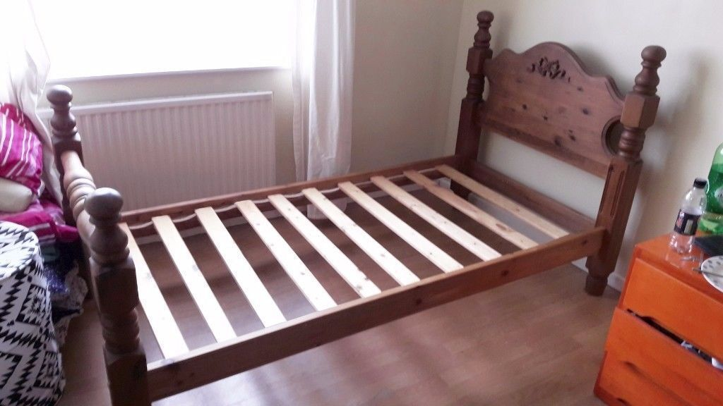 Luxury Antique Solid Pine Wood Wooden Single Bed