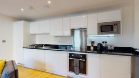 2 bedroom flat in Slate House, Keymer Place, London E14