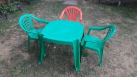 Kids garden table and 3 chairs