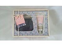 Fatface purse gift set