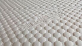 Brand New Ex Display, Tempur Cloud Deluxe 22 Kingsize Mattress 150x200cm RRP£1,699 Our Price £650