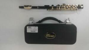 Wensen Black Piccolo Flute (1) (#45859) (SR97481) We Buy And Sell Used Musical Instruments!