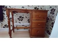 Dressing table pine with three drawers