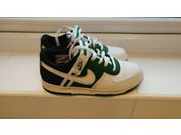 NIKE VANDAL LOW TOP WHITE GREEN + BLACK URBAN RETRO TRAINERS SIZE UK 5.5