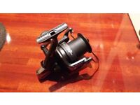 Thesus, Big Pit XS8000 Fishing reel with extra spool.