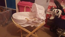 Childs toy moses basket and stand
