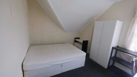 Double room Available in charminster