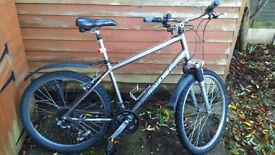 "Trekking bike MTB City Hybrid Raleigh 26"" front suspension"