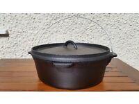 Kenley Cast Iron Dutch Oven Pre-seasoned Camping Cooking Pot - 6Qt / 5.7L