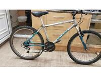 "Raleigh Activator mountain hybrid bike. 16"" frame. 26"" wheels. Fully working"