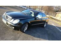 2004 04 PLATE Mercedes E320 E-Class Diesel Auto Leathers Panoramic Sunroof Saloon 4 door family