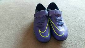 Nike Football Hypervenum Boots (Studs) childrens UK size12