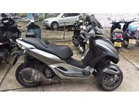 Piaggio MP3 300 Yourban LT 3-Wheeled Scooter