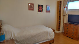 Double Room in N. St Margarets 5 Nights Mon to Fri £545 pcm incl bills
