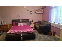 Large Double Room to rent Available for Single occupents - Must See