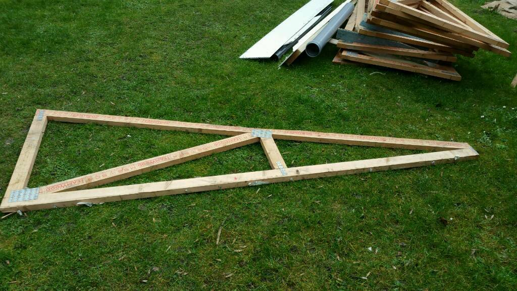 Wood Roof Trussesin Swindon, WiltshireGumtree - Wood Roof Trusses size 258cm in length. 14cm at the lowest point. 95cm at the highest point. The wood is 3.5cm thick. Price £20.I also have the tiles stonewold( same as marley modern ) 90 of them in used condition for £20