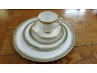 Kensington by Paragon Dinner Service