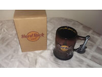 SELECTION OF COLLECTABLE HARD ROCK CAFE GLASSES