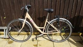 Dawes Haarlem Womens Town Bike, excellent condition, barely used