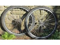 Mountain bike wheels tyres and tubes 26 inch Etro wheels Shimano cogs Downend