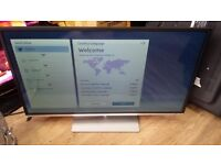 """Toshiba 40"""" Smart WiFi 4k LED TV With Freeview HD - Silver £230"""