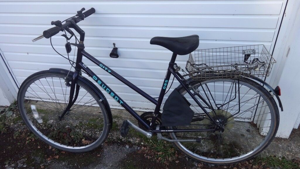 Peugeot Ladies Pushbike 12 Gears,Pump, Carrier-Free delivery