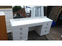 White 6 draw dressing table with pull out smaller tray style draw underneath