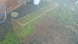 Large wire mesh fireguard