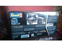 revell plastic model kit of MAN tractor unit