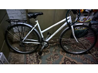 """LADIES BIKE WHITE 28""""WHEELS,MUD GUARDS,PADLOCK,STAND,REAR/FRONT CARRIER"""