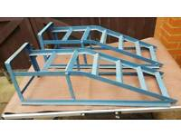 CAR RAMP PAIR 2.5T IN GOOD CONDITION
