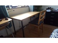 New desk table 1.20 x 0.60 m (Adjustable table lamp for free)