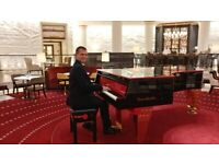 Pianist - London / Surrey, Weddings,Christmas Parties,Corporate events,Special occasions,Anniversary