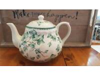 BHS country vine tea pot