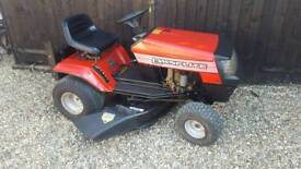 Ride on lawnmower - mulching mower.