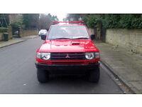 1998 (R reg) Mitsubishi Shogun 2.8 TD GLS Flared Arch SWB Red manual
