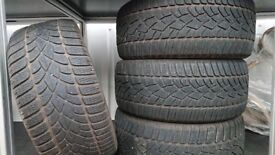 Winter tyres Dunlop 245/40/R18 in very good condition