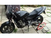Honda Hornet CB600F for spares or repair.