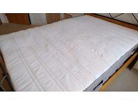 Mattress – Standard Double (135 x 190 cm) - Excellent condition