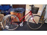 Ladies classic Raleigh pioneer road bike,vgc,serviced,new basket