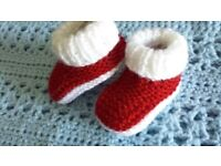 hand knitted boys shoes for baby 0-3 months
