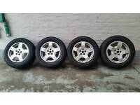 Immaculate 18 inch land rover discovery alloy wheels 5x120 and tyres 255 60 18 pirelli scorpion zero