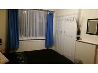 DOUBLE BEDSIT, NEWARK CRESCENT, NORTH ACTON, NW10