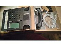 2 ipecs lg phone