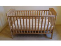 Mamas & Papas Cot Bed + Luxury Comfort Mattress