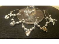 Wine glass charms / hearts and love design