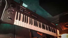 Roland Alpha Juno 2 - Analog Synthesizer Synth
