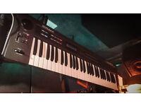 Roland Alpha Juno 2 - Analog Synthesizer Synth
