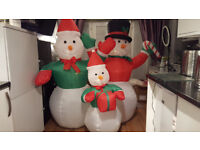 6ft x 6ft Inflatable Snowman Family