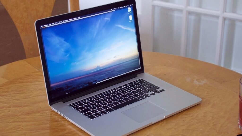 Apple Macbook Pro Retina 15 Inch Mid 2015 In Camden